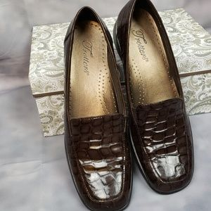 Trotters Brown Crocodile look Leather size 7s